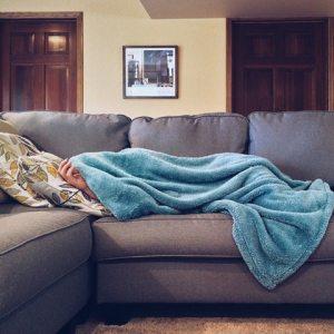 Sjuk på soffan